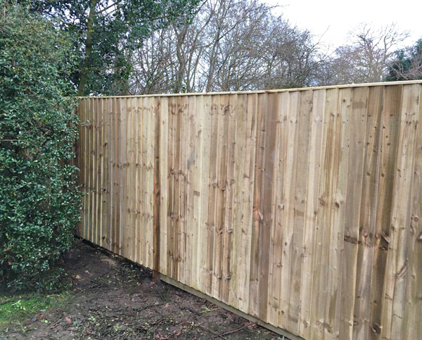 featherboard wooden commercial fencing