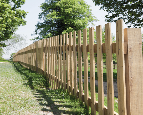 picket-wooden-fencing-image